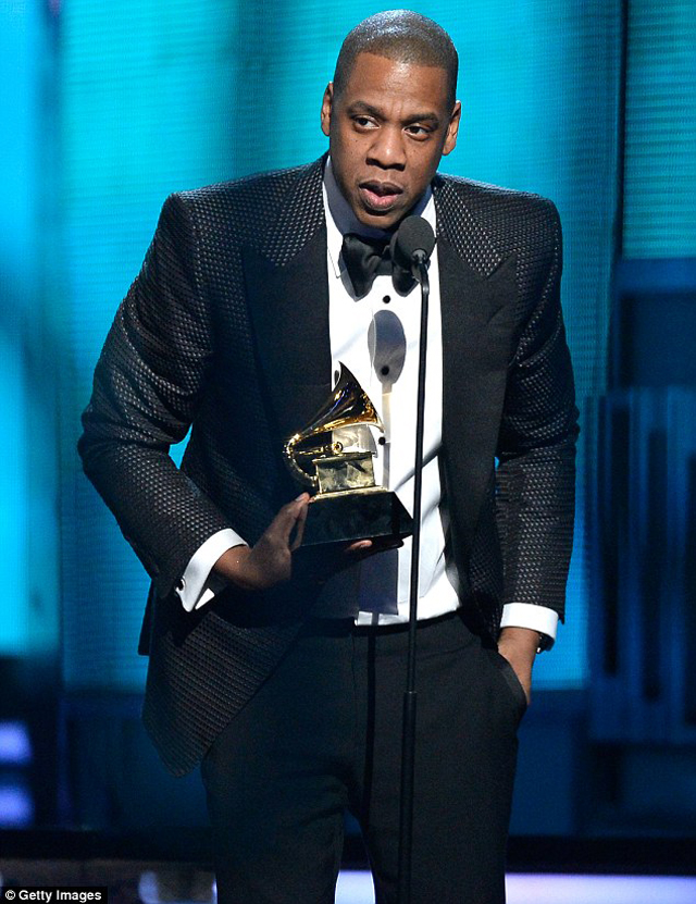 Jay Z dedicated his award to his baby daughter as he said he's got a 'gold sippy cup' for the youngster