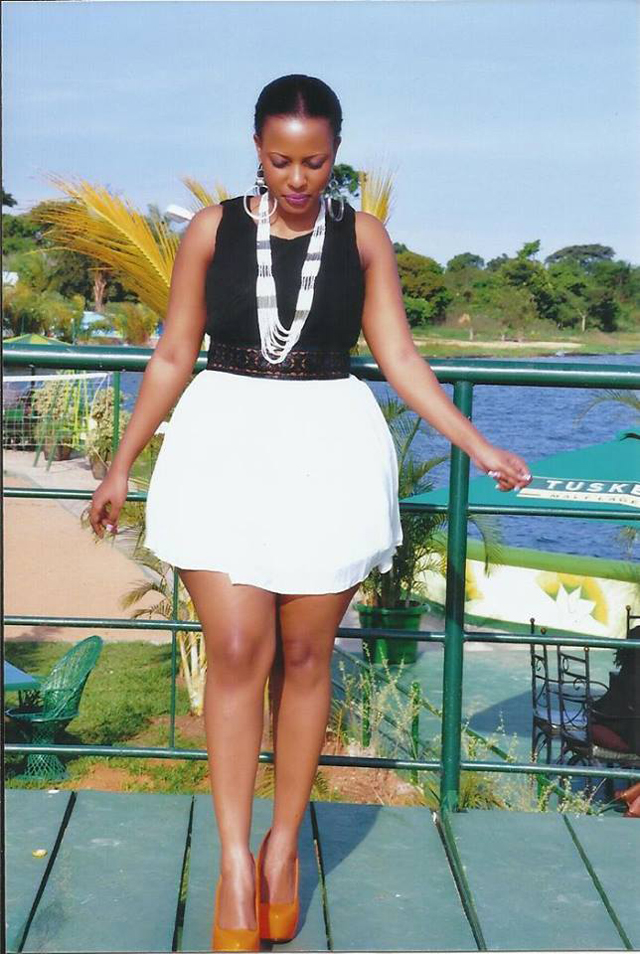 NBS TV's Pundonor Magazine presenter Argatha Loswash has decided to cruise with her fans