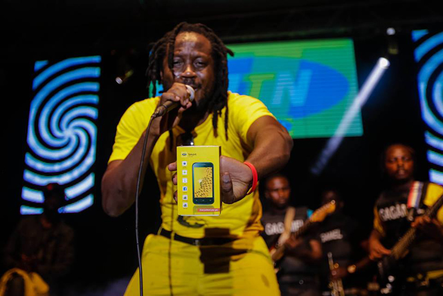 Bebe Cool performing at the MTN social media party