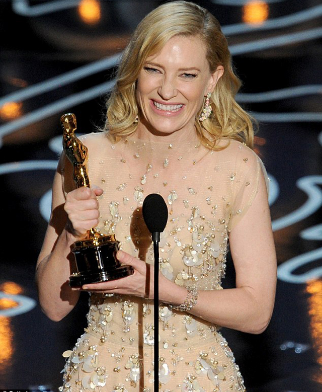 Cate Blanchett gave a hilarious speech in which she praised and teased her fellow nominees
