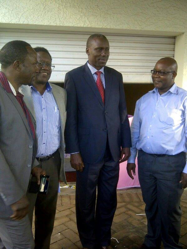Chairman Hajji Meddie (R) , Patriotic Dr. Lumu DJK,The high commissioner of Uganda to South Africa H.E Peter Moto and USCO chairman Mr Jarvis Ssebunya