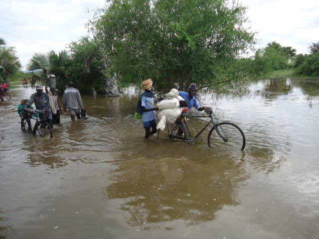Floods in Ntoroko have been made it hard for PLE pupils in their exam period