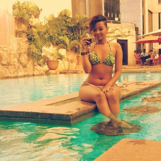 Anita Fabiola showing off her hot body