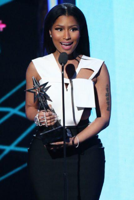 Nicki Minaj gives acceptance speech last night