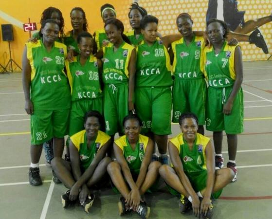 Belinda (standing 3rd from the right ) with teammates before a game