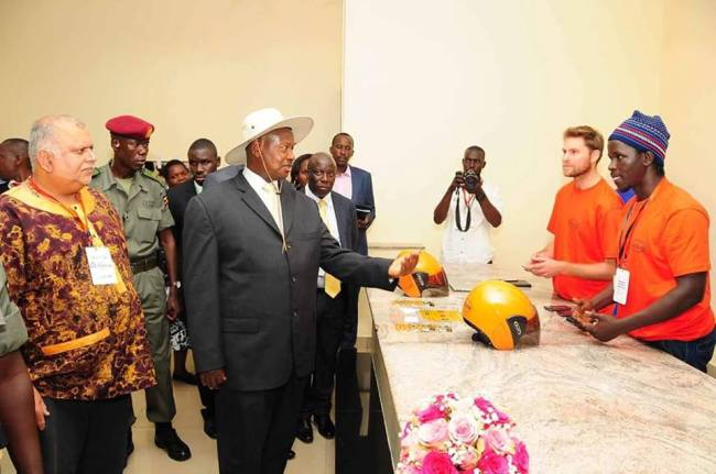 President Museveni with Sudhir Ruparelia at the opening of the 2nd East African Mozilla Festival 2015 at Victoria University