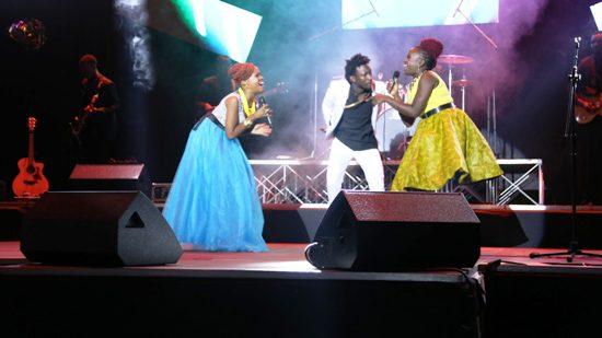 Sandra Suubi (R) performing at Comedy Meets Music on Friday at Kampala Serena Hotel