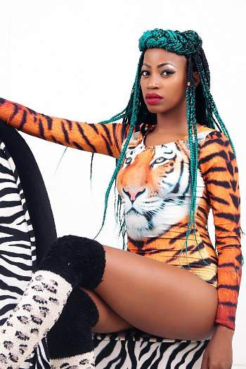 Sheebah showing off her hot thighs
