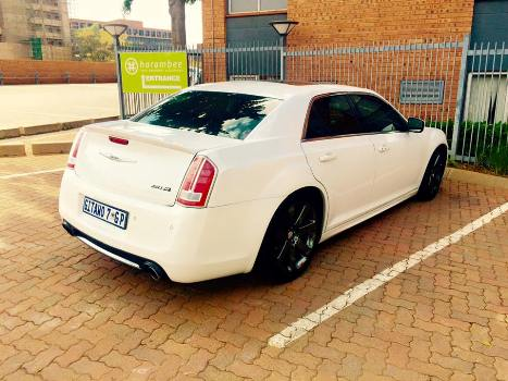 Cameroon Gitawo's new car Chrysler SRT 8 2016