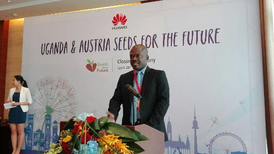 Mr. Henry Ludigo speaking at the closing ceremony of the Huawei Seeds for the Future