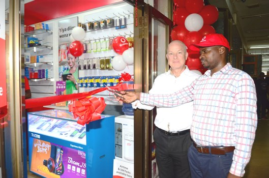 New Vodafone outlet being opened