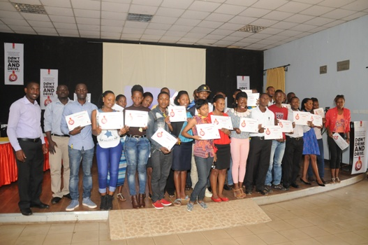 The bar tenders who completed the training were awarded with certificates