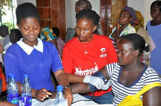 Charity Bukenya,Airtel's CSR Manager helps to check the peoples pressure levels