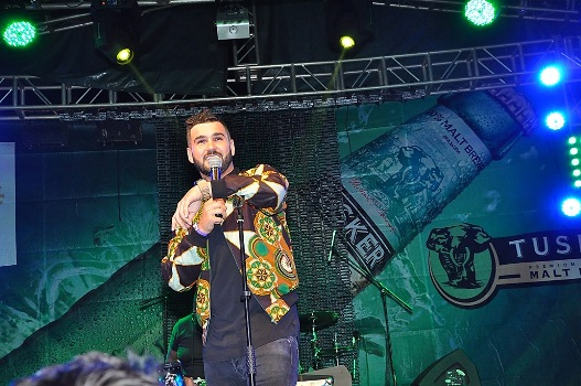 J Something performing at the Blankets & Wine XIII