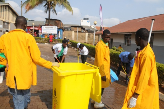 KCCA collects waste at the Health Centre