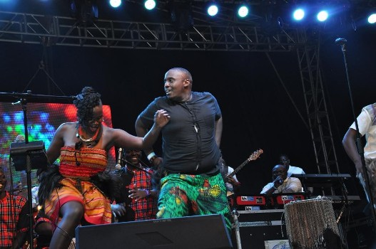 mo-roots-with-ubls-roy-tumwizere-entertaining-the-crowds
