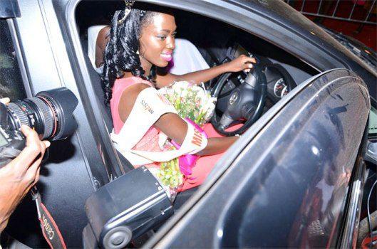 leah-kagasa-in-her-car